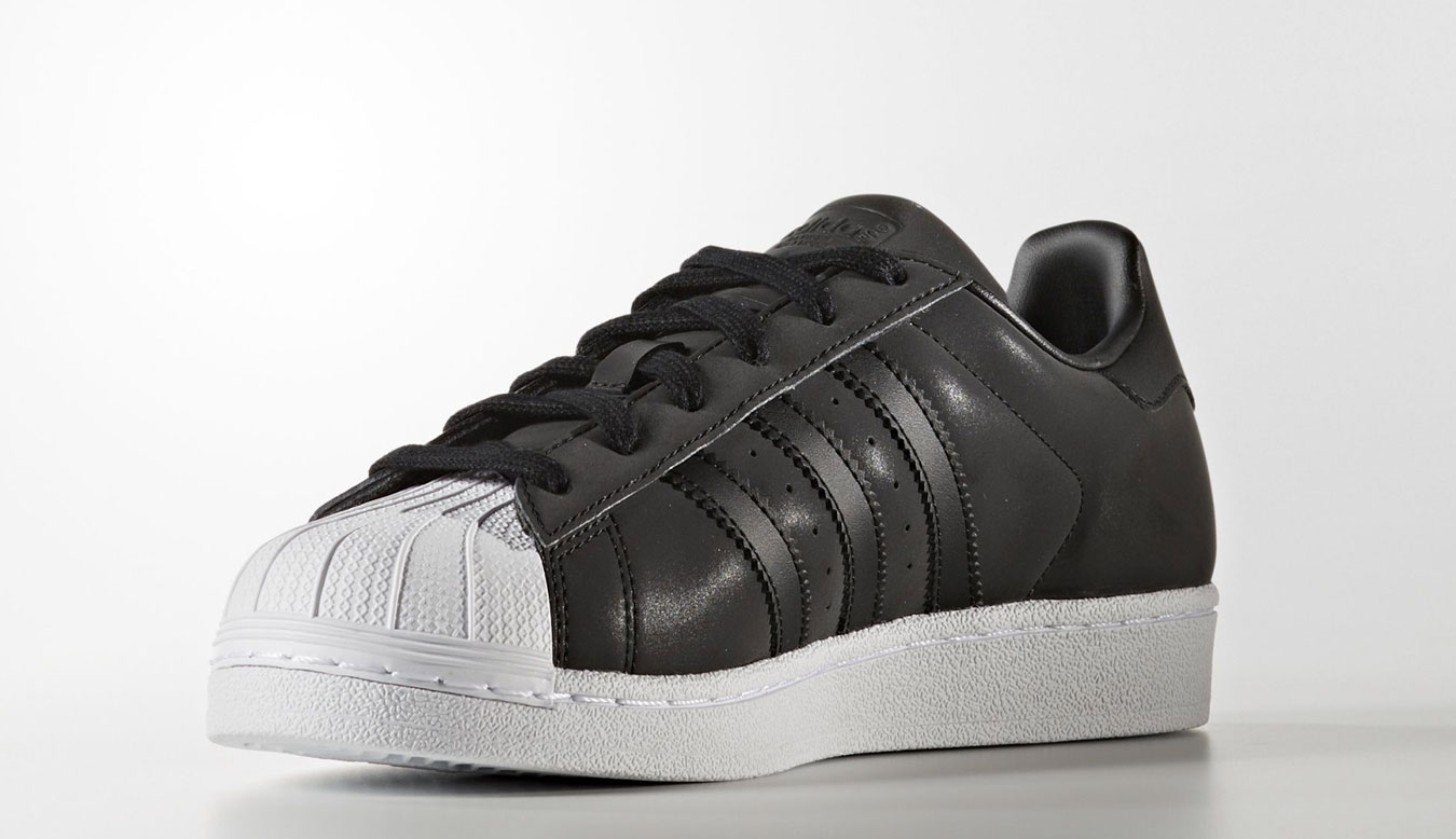 huge selection of 86046 7e960 adidas Superstar BY9176