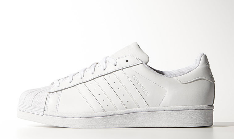 wholesale dealer b3f9a fb3f4 adidas Superstar Foundation White
