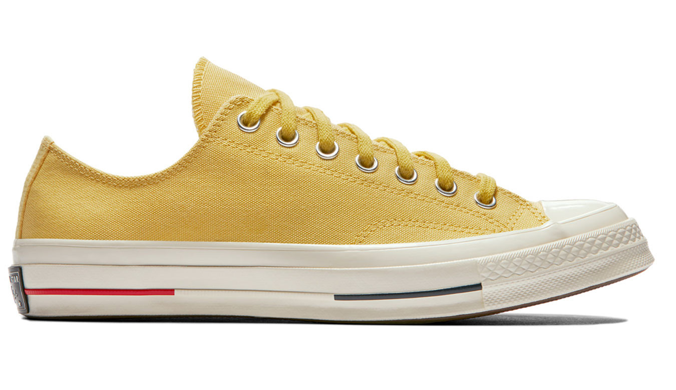 Converse Chuck Taylor All Star '70 Low Sneakers In Yellow | ASOS
